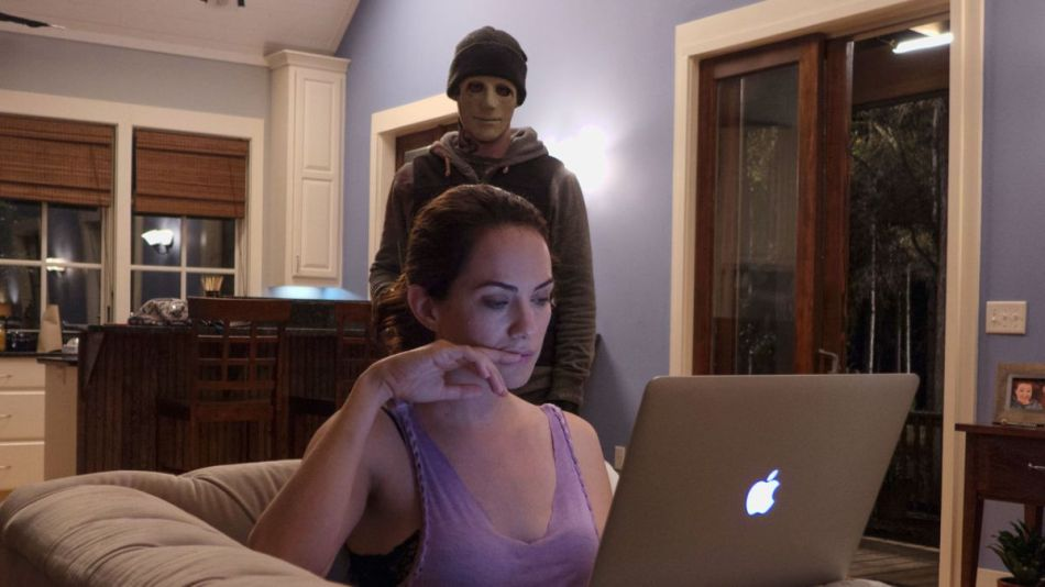 hush-movie-review-2016-horror-thriller-kate-siegal-john-gallagher-jr