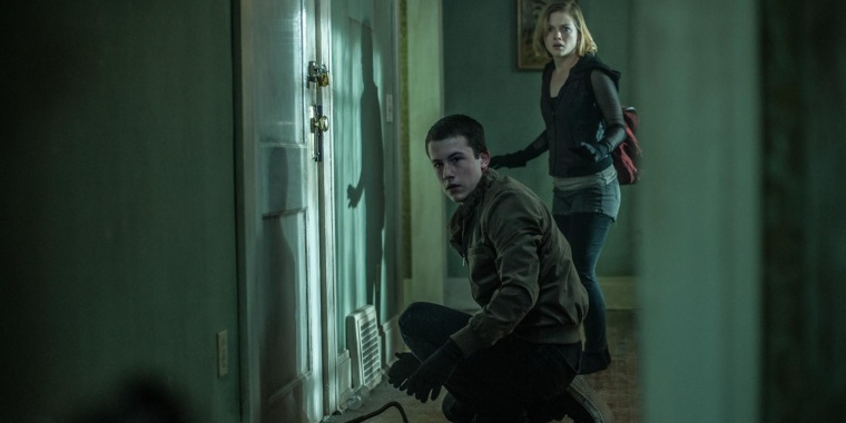 Dylan-Minnette-and-Jane-Levy-in-Dont-Breathe1