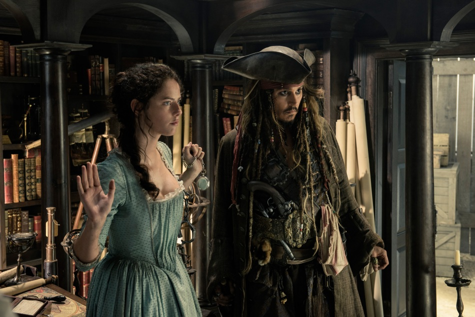 1493974561_youloveit_com_pirates_of_the_carribean_5_hd_stills14